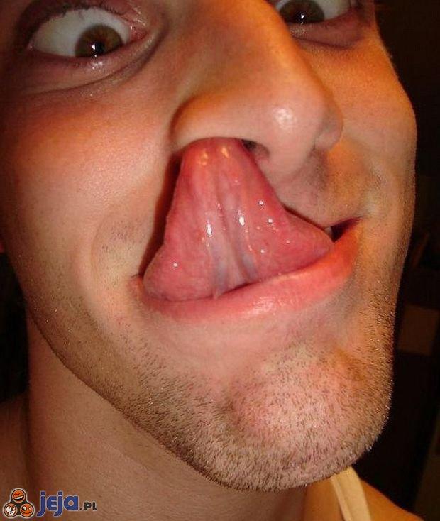 Dotknij nosem języka