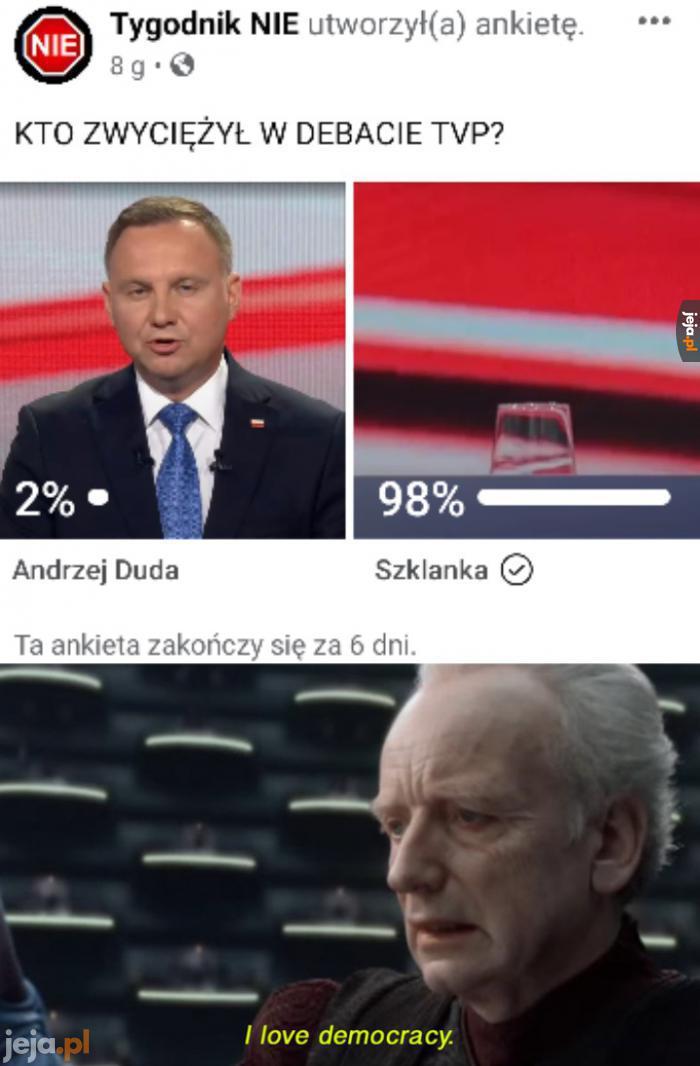 Kto zwyciężył w debacie?