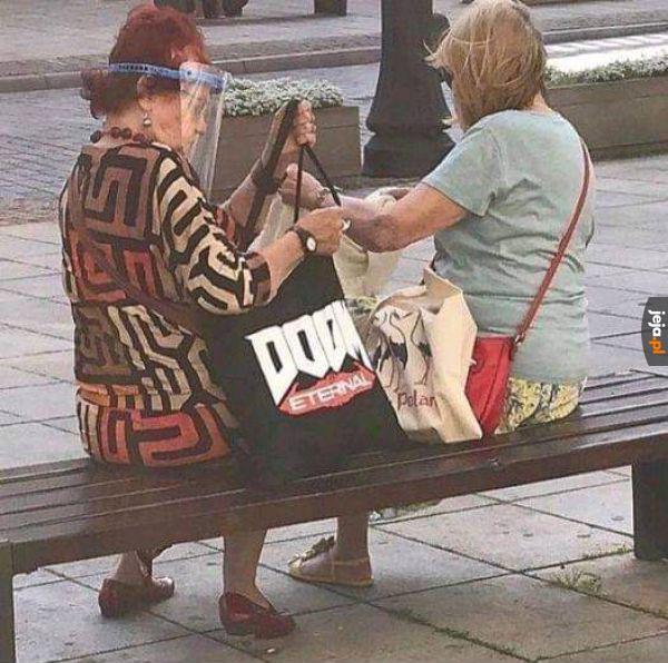 Ciekawe, czy babcia grała