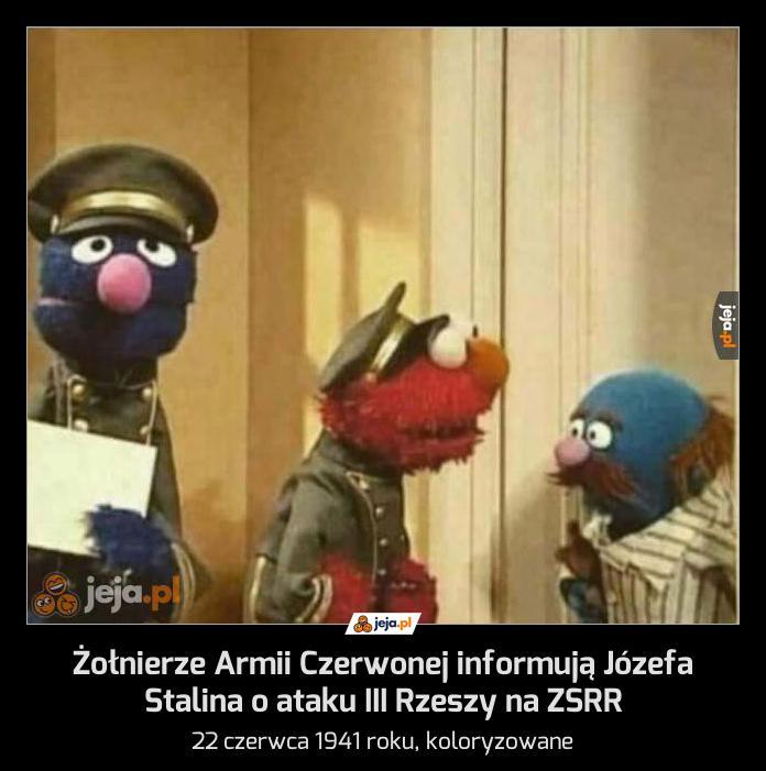 Żołnierze Armii Czerwonej informują Józefa Stalina o ataku III Rzeszy na ZSRR