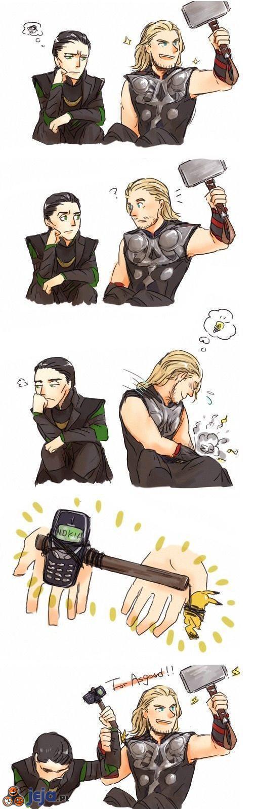 Thor i Loki bawią się młotami