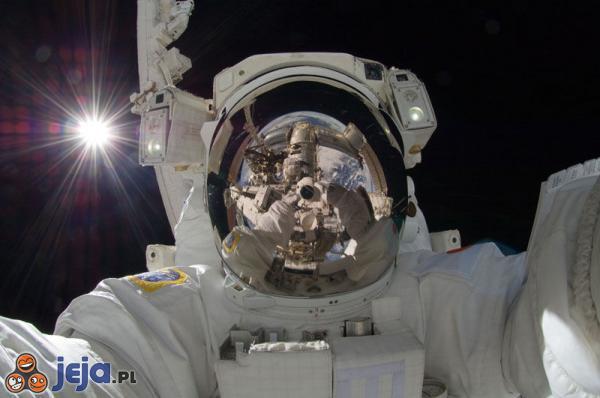 Sweet focia w kosmosie