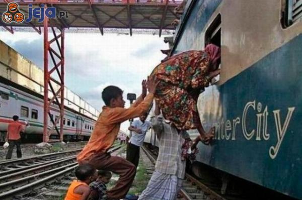 Do pociągu na skróty