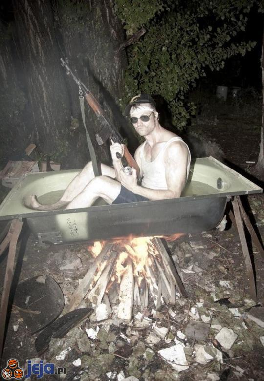 Kąpiel prawdziwego faceta