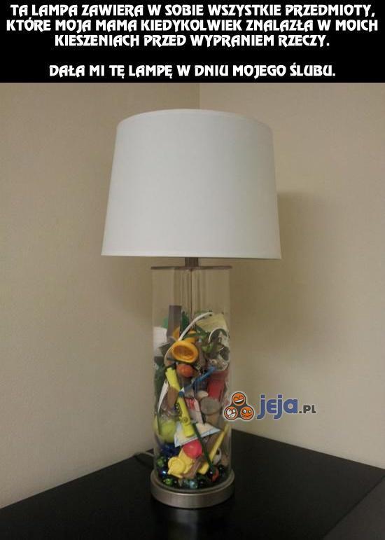 Lampa pełna wspomnień