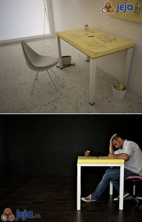Stół z żółtych karteczek