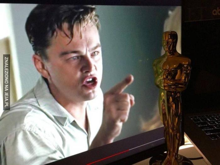 Leo, nie dotykaj!