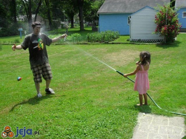 Zabawy z dziećmi