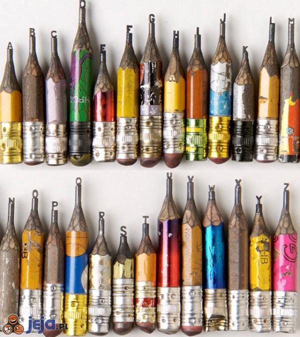 Alfabet w ołówkach