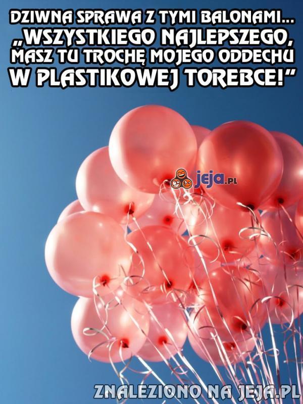 O co chodzi z tymi balonami?