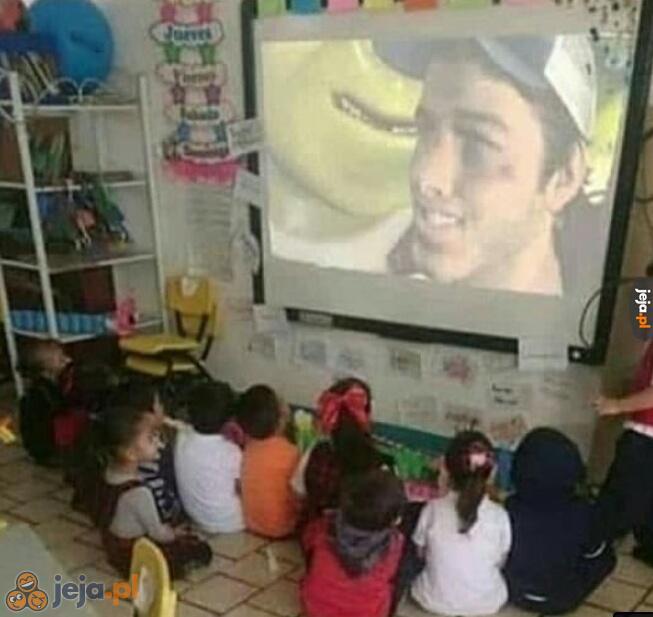 A dzieciaczki co tam oglądają?