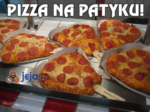 Pizza na patyku!