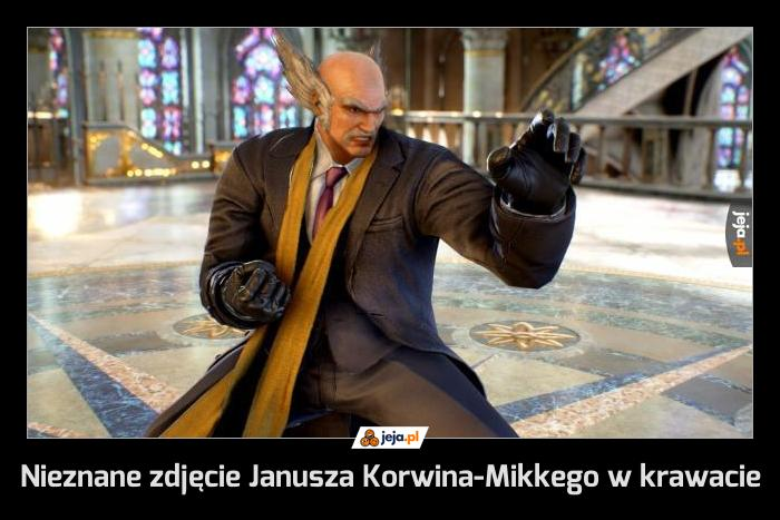 Nieznane zdjęcie Janusza Korwina-Mikkego w krawacie