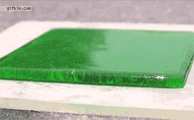 Płyn na powierzchni hydrofobowej