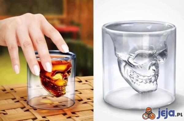 Złowieszcza szklanka