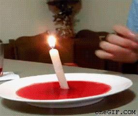Kreatywny sposób na gaszenie świeczki