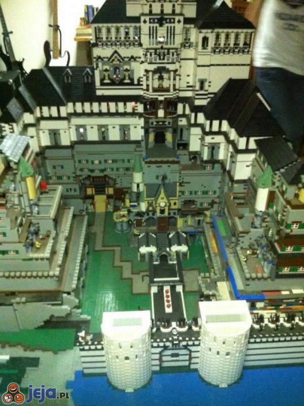 Zamek Z Klocków Lego Budowany Przez 11 Lat Jejapl