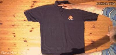 Jak szybko składać koszulki?