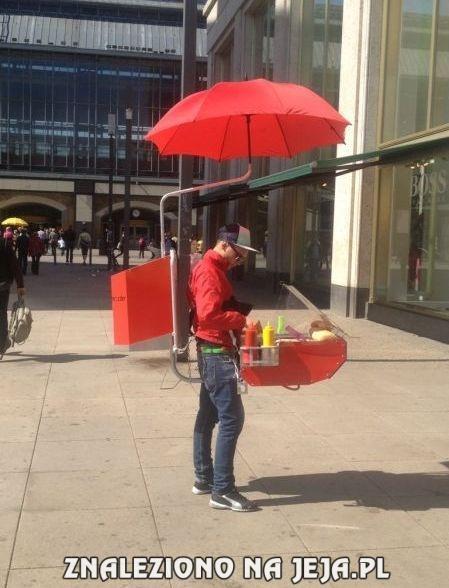 Mobilny sprzedawca hot-dogów