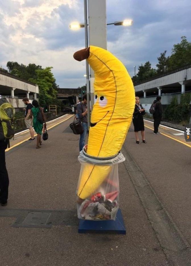 Takiego dobrego banana wyrzucać!