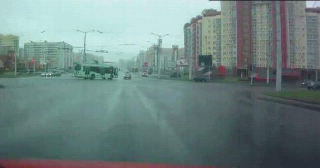 Tymczasem na skrzyżowaniu w Rosji...