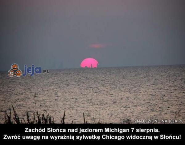 Zachód słońca nad jeziorem Michigan