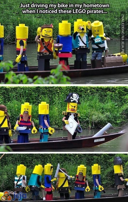 Kiedy wracasz do domu i atakują Cię lego piraci
