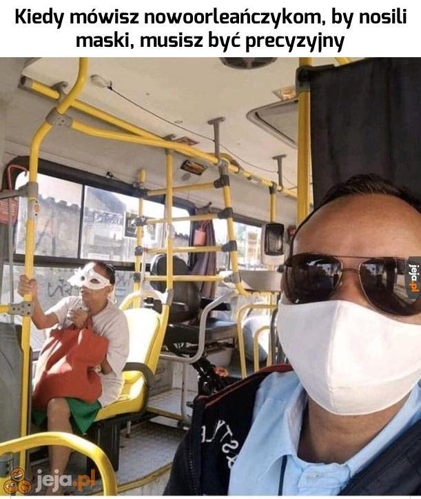 Teoretycznie maskę ma