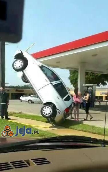 Będzie państwu przeszkadzało, jeśli tu zaparkuję?