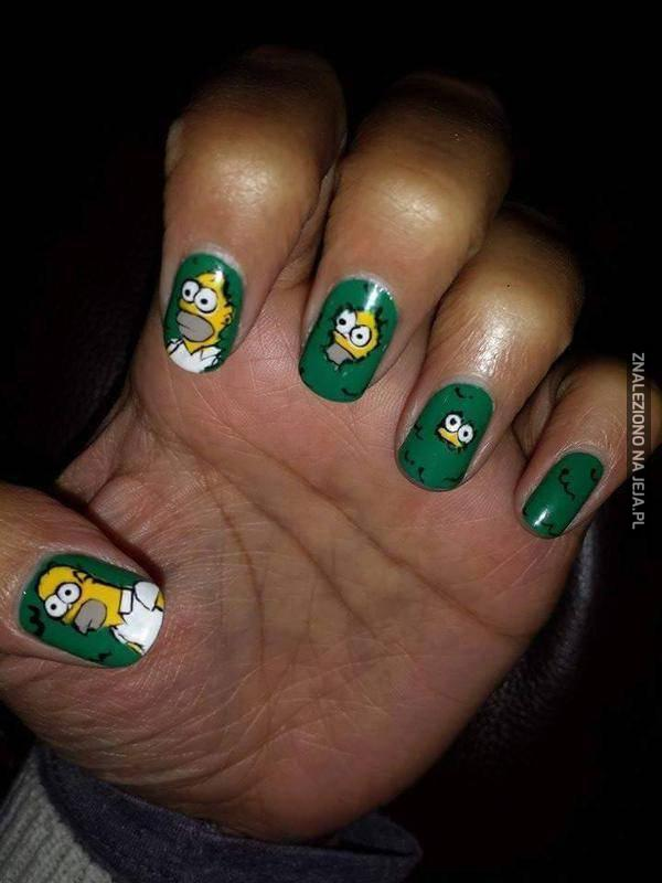 Epickie paznokcie z Homerem