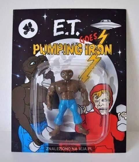 E.T. przypakował