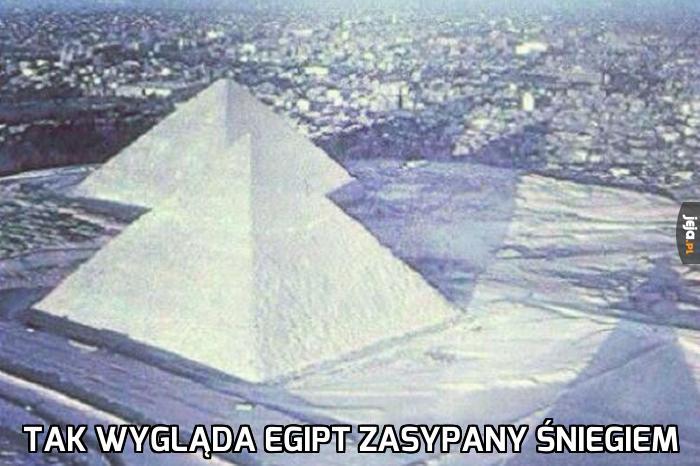 Egipt zasypany śniegiem