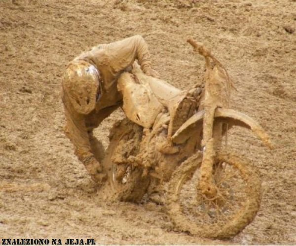 Znajdź na zdjęciu motor