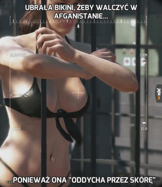 Ubrała bikini, żeby walczyć w Afganistanie...