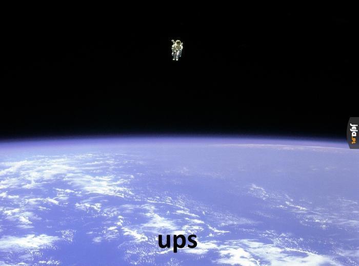 Kiedy koledzy zostawią Cię w kosmosie
