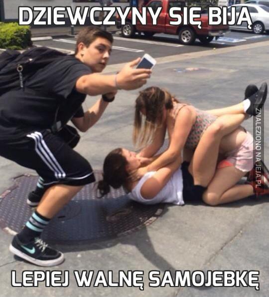Dziewczyny się biją