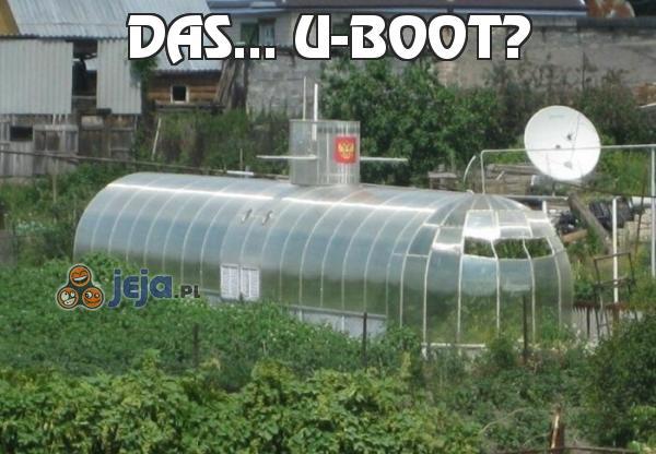 Das... U-boot?