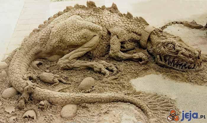 Smok z piasku