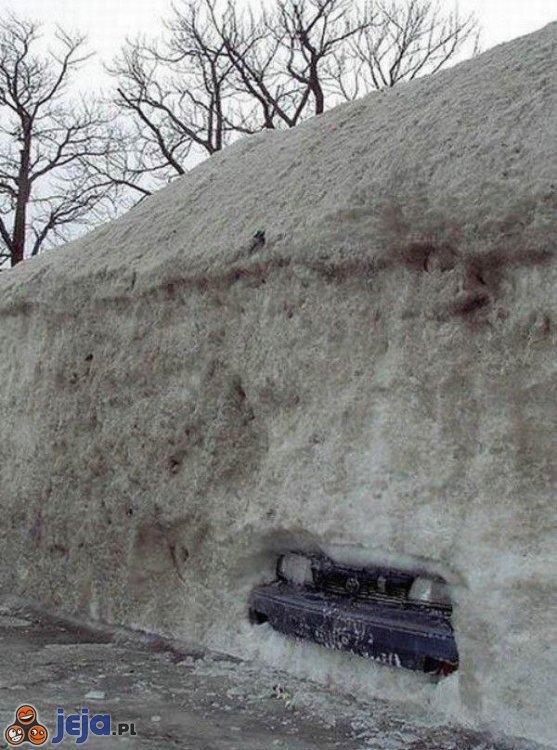 Ukryty parking...
