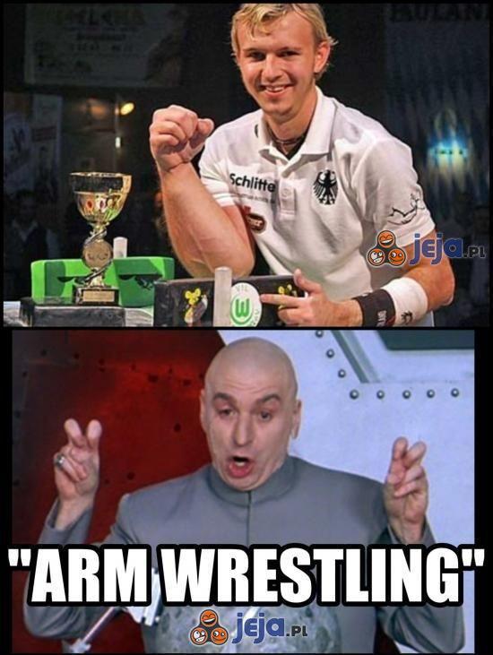 "Tsaa... ""Arm wrestling"""