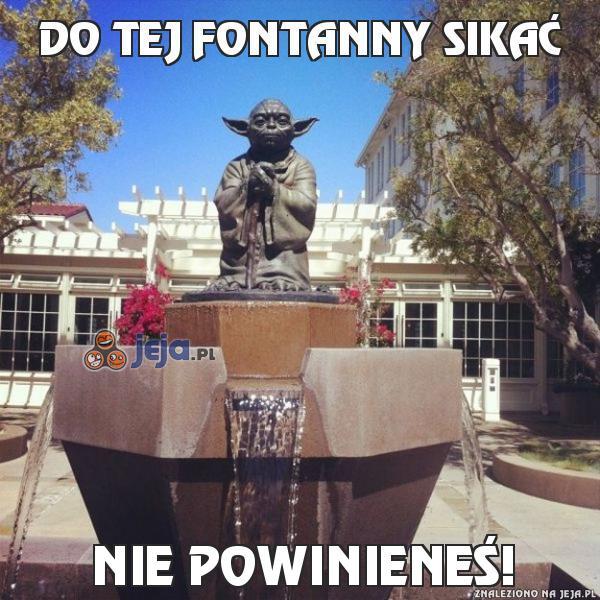 Do tej fontanny sikać
