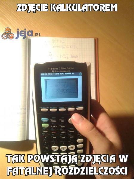 Zdjęcie kalkulatorem