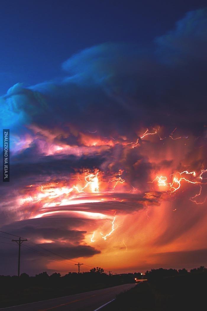 Efektowna burza