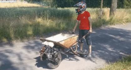 Bo motocykl jest zbyt mainstreamowy...
