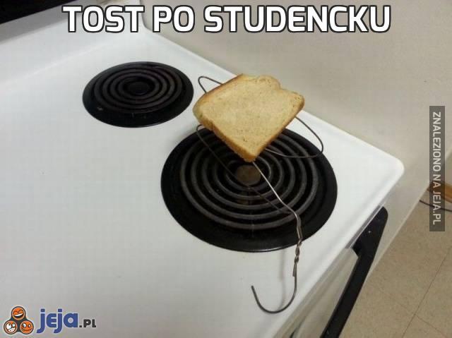 Tost po studencku