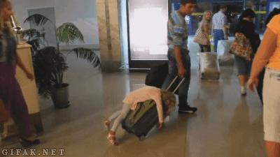 Ta dziewczynka jest leniwa czy to ...