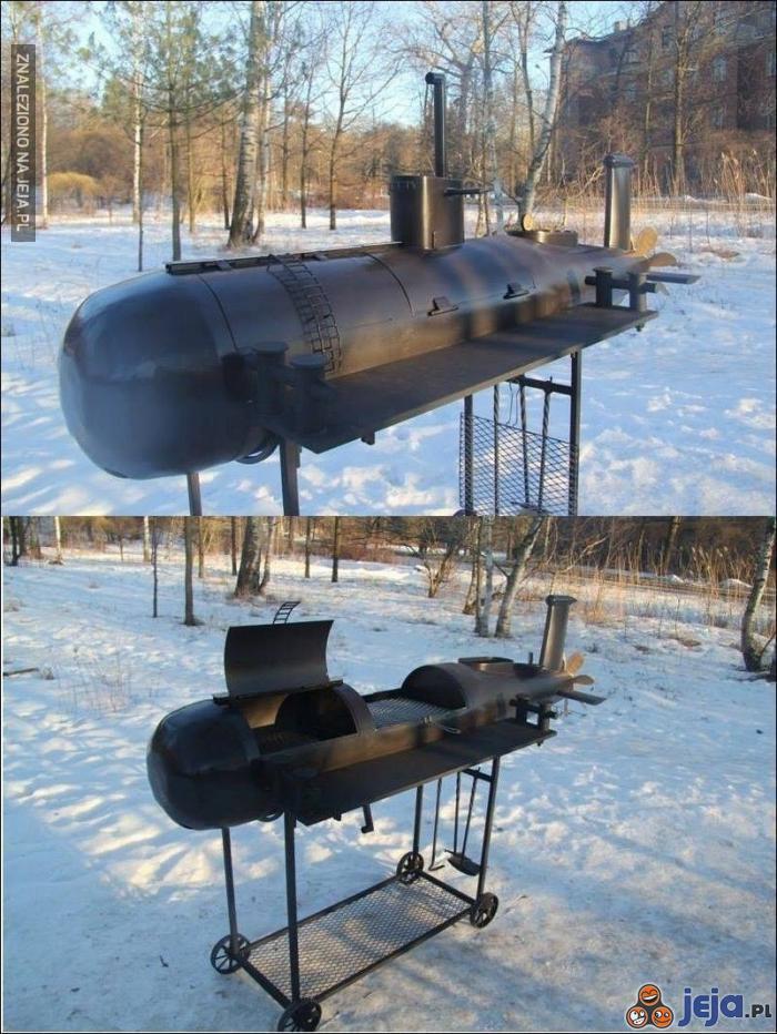 Łódź podwodna? A nie, to tylko grill