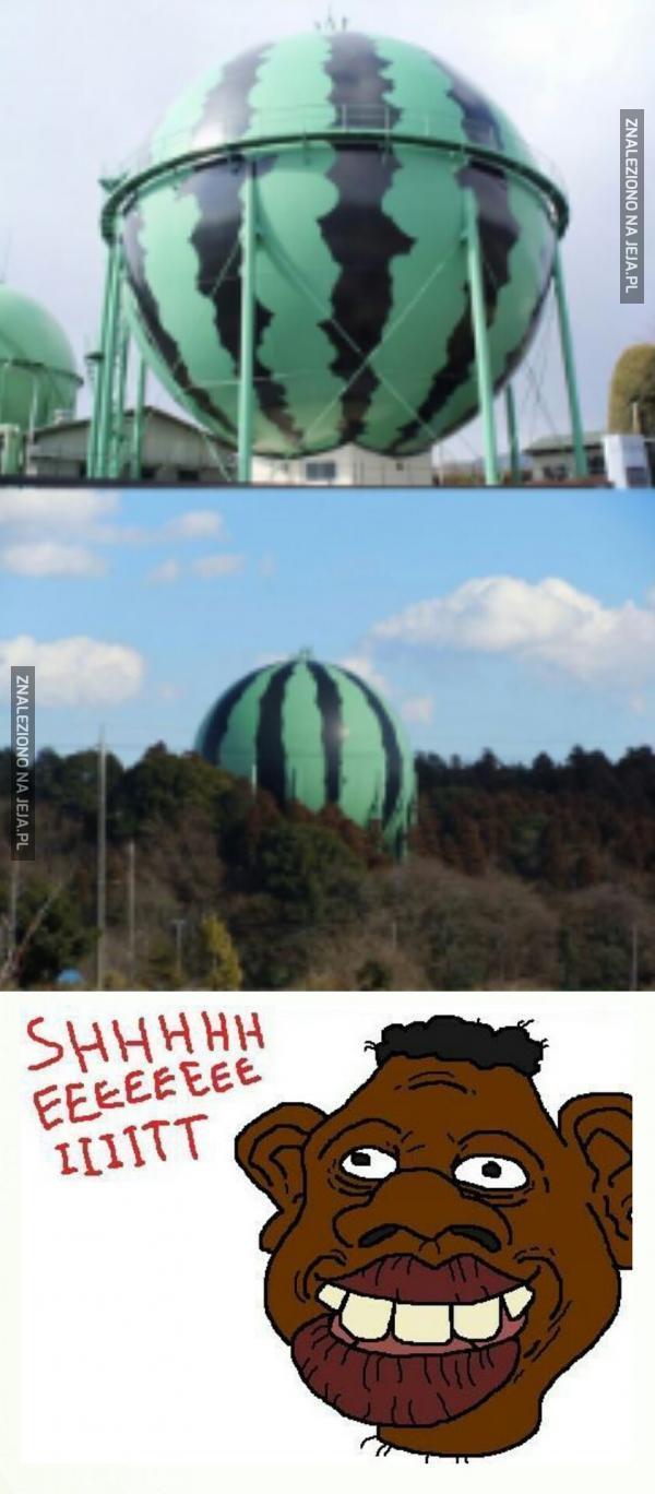 Skąd oni wzięli takiego wielkiego arbuza?!