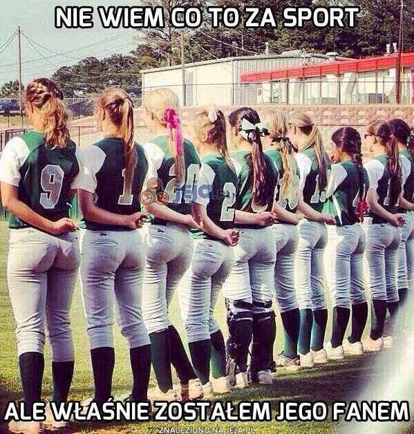 Nie wyglądają na piłkarki, ani na cheerleaderki