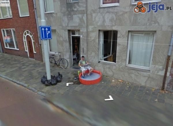Tymczasem w Google Street...